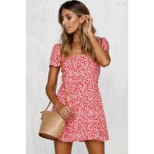 runway scout mitchy mini dress red small